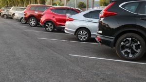 車で尾行をするコツとは? ターゲットにバレにくい車の選び方をチェック!
